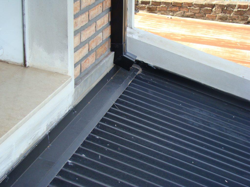 cómo evitar filtraciones en techos de chapa